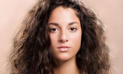 Cortes para cabello ondulado y esponjado mujer