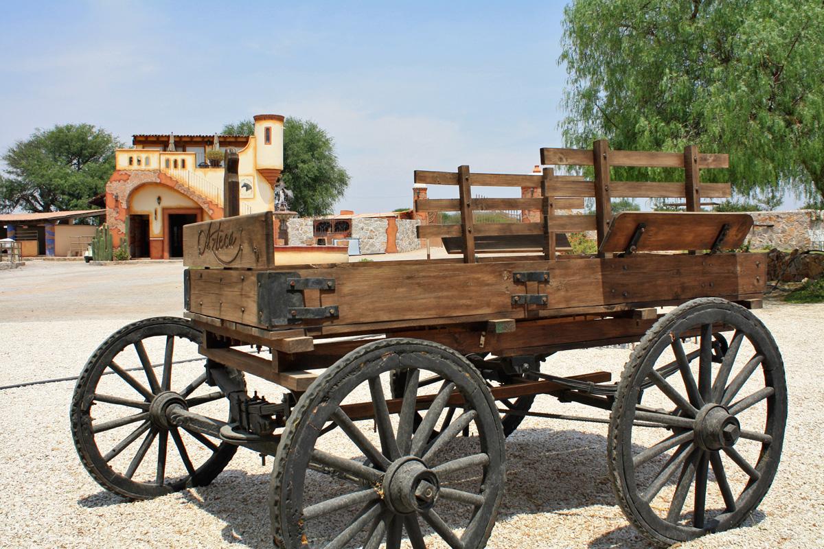 Reflexi n el ruido de las carretas kebuena for Carretas de madera para jardin