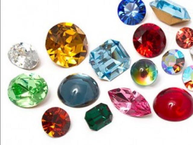 Descubre cual es tu piedra seg n tu fecha de nacimiento for Cual es el color piedra