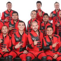 La Banda Tierra Sagrada conquistó la Feria Comalcalco de este año, cantando sus más grandes éxitos musicales con los que enamoraron a sus seguidores.