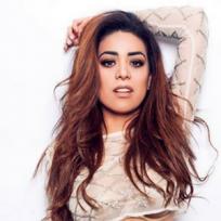 """Irasema, cantante de """"Arriba los latinos"""""""