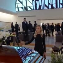 "Angelique Boyer tras despedirse de Sebastian Rulli ""se viste de luto"""