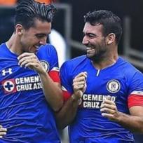 Se filtra íntimo video de futbolistas del Cruz Azul en la alberca