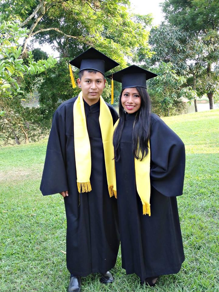 yalitza graduada