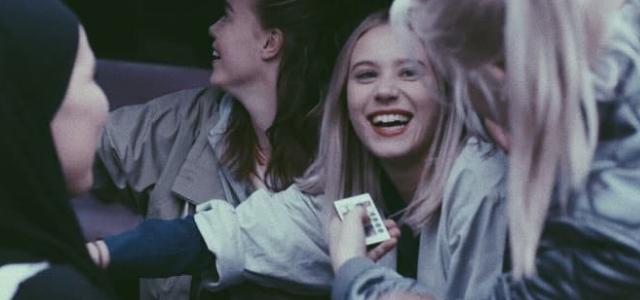 Estudio confirma que salir con tus amigas te alarga la vida