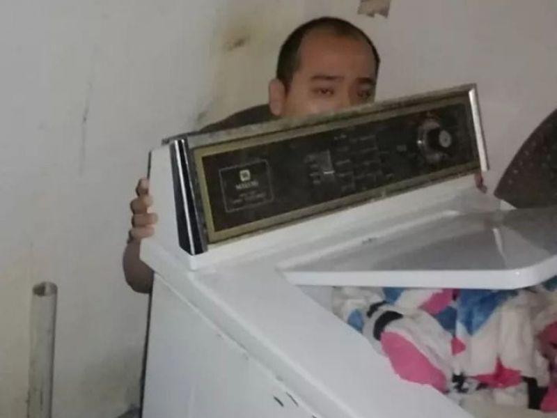 Esposa lo reporta como desaparecido y aparece detrás de la lavadora