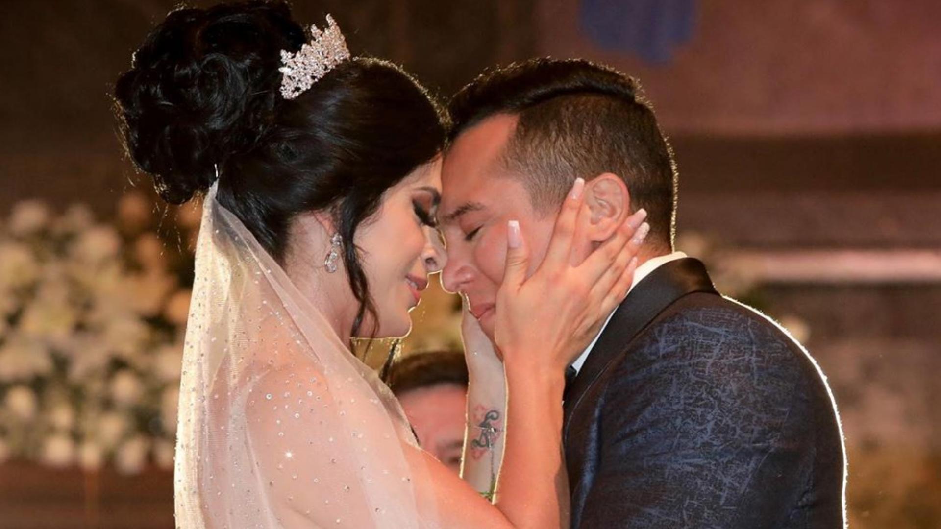 Edwin luna y Kimberly Flores se dedican hermosas palabras en su aniversario