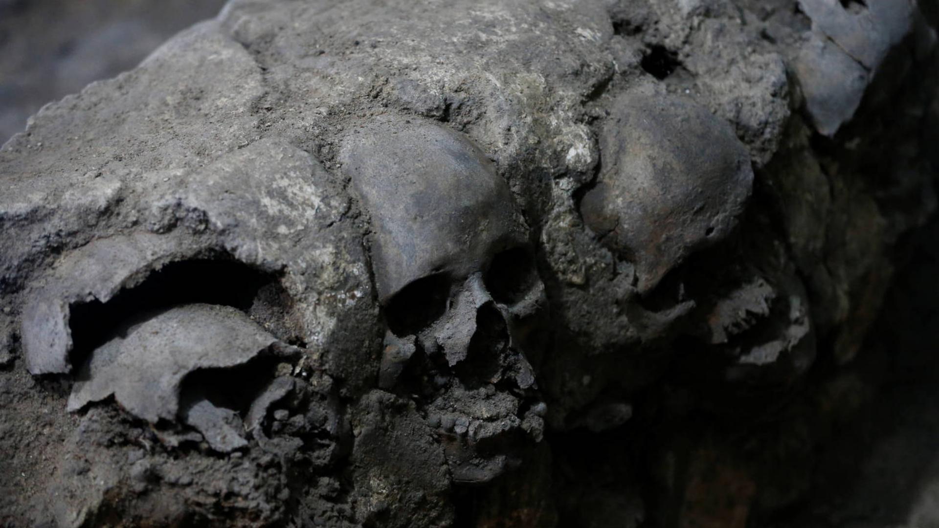 Encuentran torre de cráneos debajo del Centro Histórico