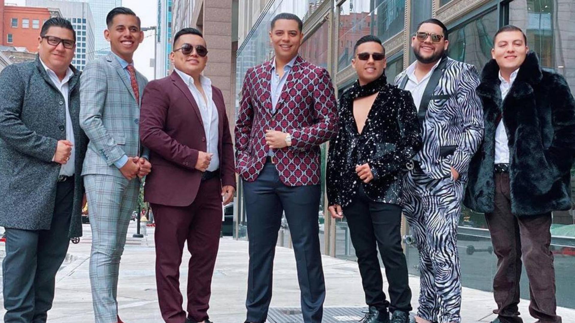 """Grupo Firme: ¿Qué significa la finiquera en la canción """"El Roto""""?"""