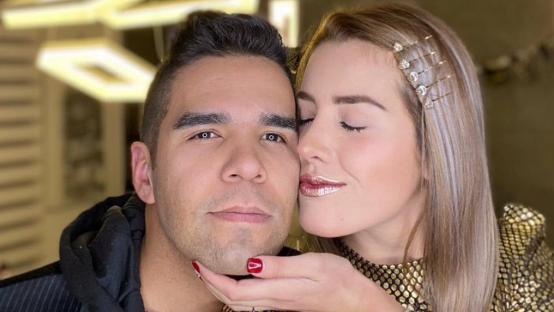 Emir Pabón y su esposa Stefanía de Aranda sufren fuerte accidente