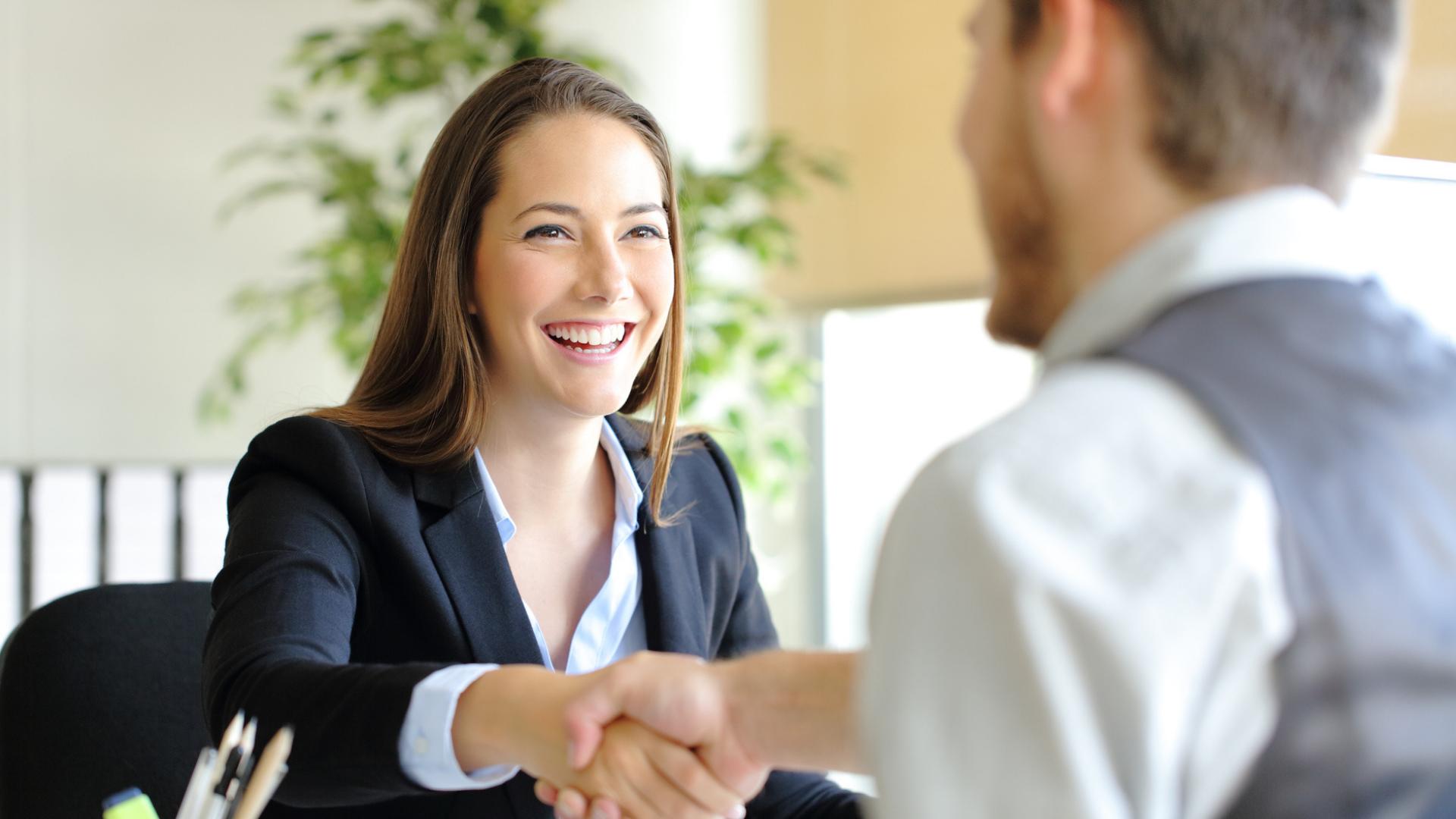 Consejos y truquitos para destacar en una entrevista de trabajo